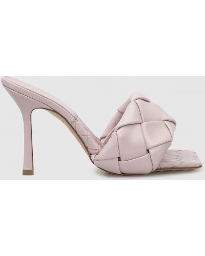 Фиолетовые кожаные босоножки Bottega Veneta