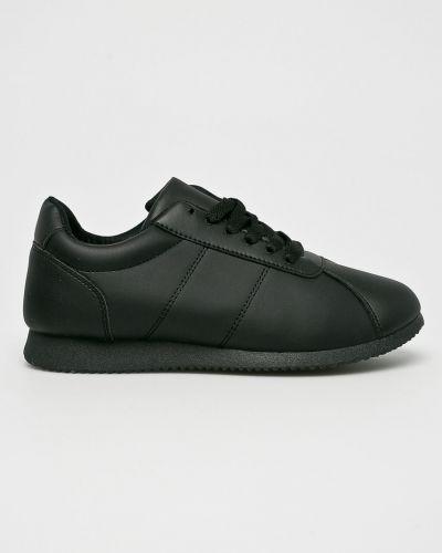 Черные ботинки на шнуровке Answear