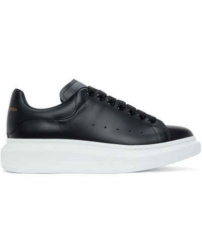 Белые кроссовки на шнуровке Alexander Mcqueen
