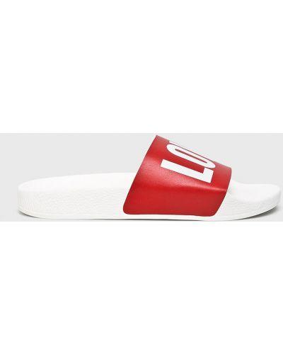 Czerwone klapki Thewhitebrand
