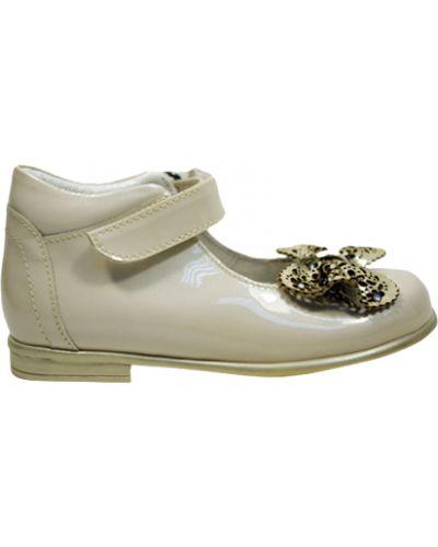 Туфли лаковые бежевые Cherie