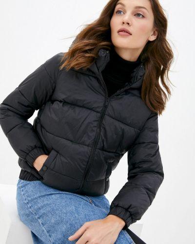 Теплая черная утепленная куртка Pimkie