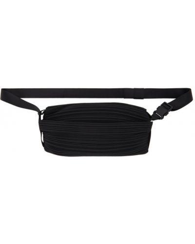 Czarna torebka z paskiem Pleats Please Issey Miyake