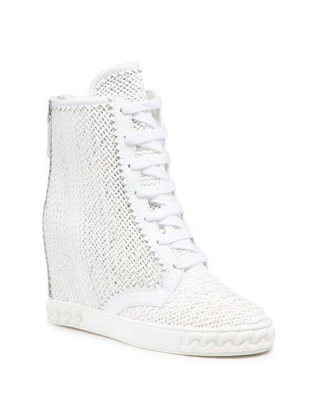 Białe sneakersy Casadei