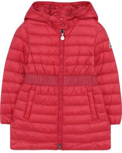 Пальто с капюшоном стеганое розовое Moncler Enfant