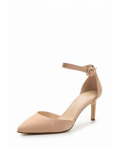 Бежевые туфли на каблуке Mango