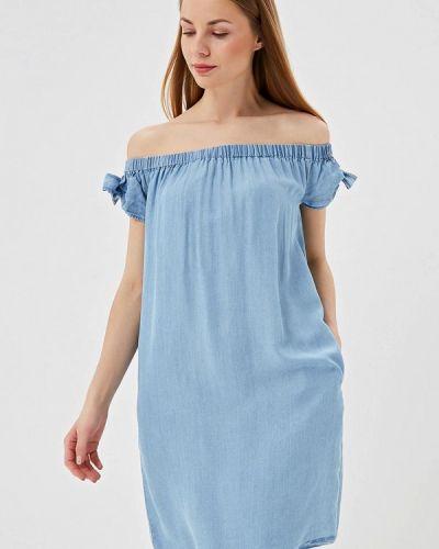 Платье с открытыми плечами весеннее Sela