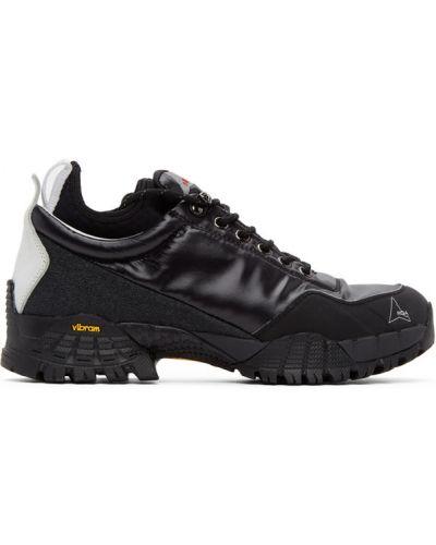 Нейлоновые черные кроссовки на каблуке сетчатые Roa