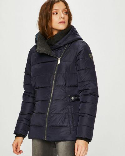Куртка с капюшоном стеганая с карманами Killtec