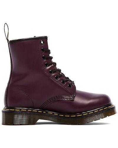 Фиолетовые кожаные ботинки Dr. Martens