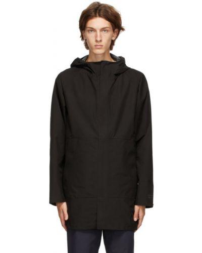 Czarny długi płaszcz z długimi rękawami prążkowany Norse Projects