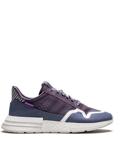 Тонкие фиолетовые кроссовки на шнурках Adidas