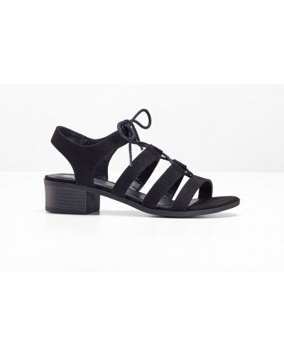 Сандалии на шнуровке черный Bonprix