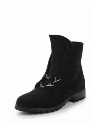 Ботинки на каблуке замшевые Vivian Royal