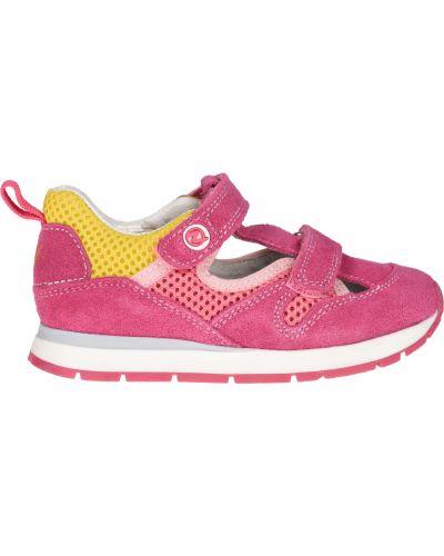 Розовые кроссовки Naturino