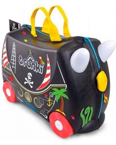 Текстильный черный чемодан с рисунком Trunki