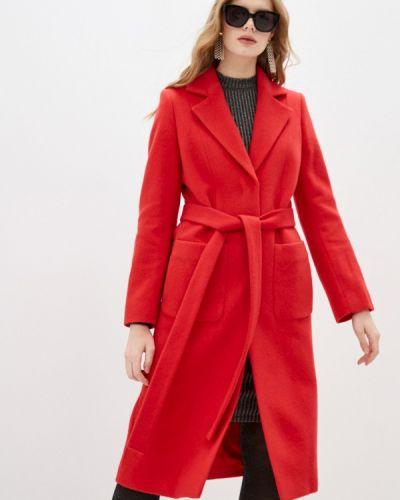 Красное пальто Hugo