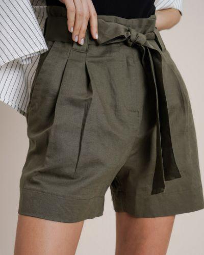 Зеленые льняные шорты с поясом Ostin