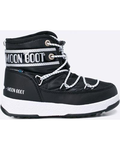 Черные сапоги текстильные Moon Boot