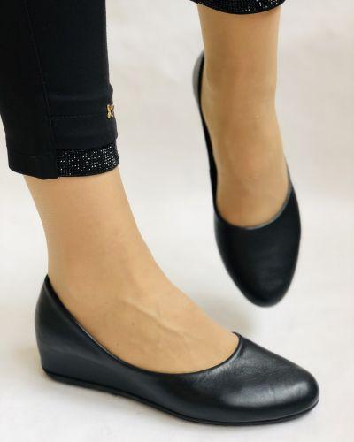 Кожаные балетки - черные Alvito