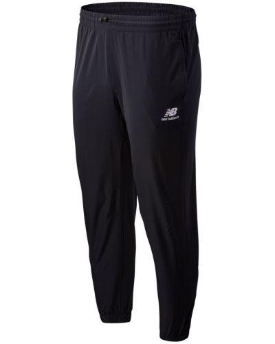 Текстильные черные классические брюки с карманами New Balance