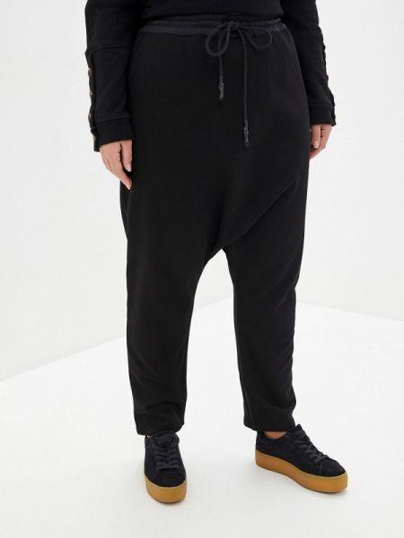 Спортивные брюки - черные Lessismore