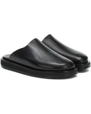Черные кожаные туфли из натуральной кожи The Row