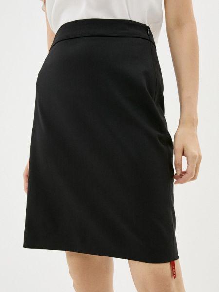 Черное облегающее платье Hugo