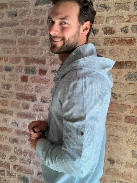 Хлопковая рубашка с длинным рукавом на шнуровке с капюшоном Trendyol Men