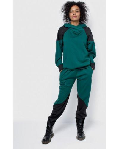 Спортивный костюм зеленый Malaeva