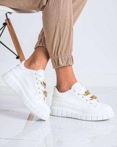 Białe sneakersy bez obcasa Shelovet