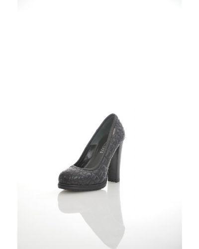 Кожаные туфли на каблуке Loriblu
