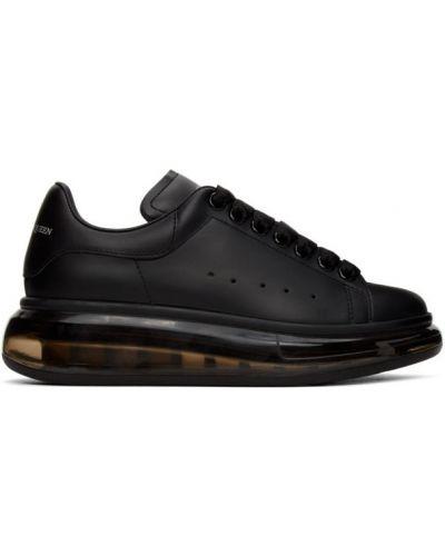 Koronkowa czarny sneakersy na platformie okrągły nos na sznurowadłach Alexander Mcqueen