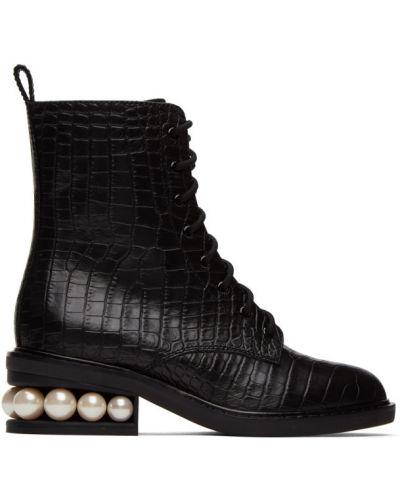 Ażurowy czarny buty na pięcie na pięcie wytłoczony Nicholas Kirkwood