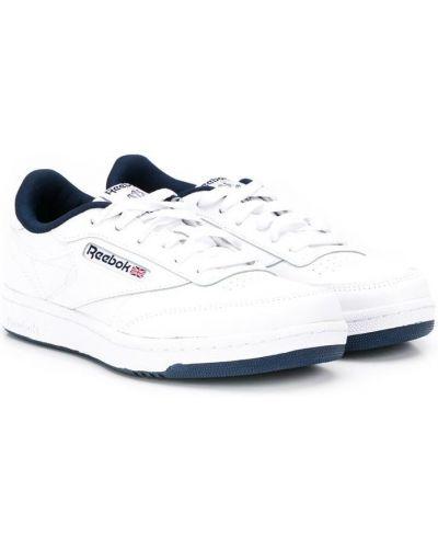 Кожаные белые кроссовки на шнуровке с перфорацией Reebok Kids
