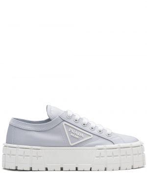 Niebieskie sneakersy skorzane koronkowe Prada