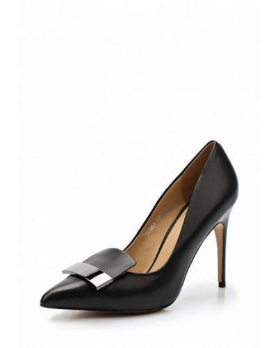 Черные туфли Ilvi