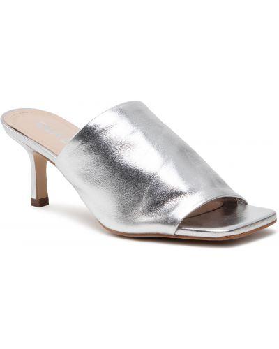 Sandały srebrne Quazi
