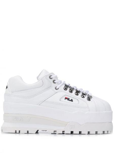 Кожаные кроссовки на платформе белый Fila