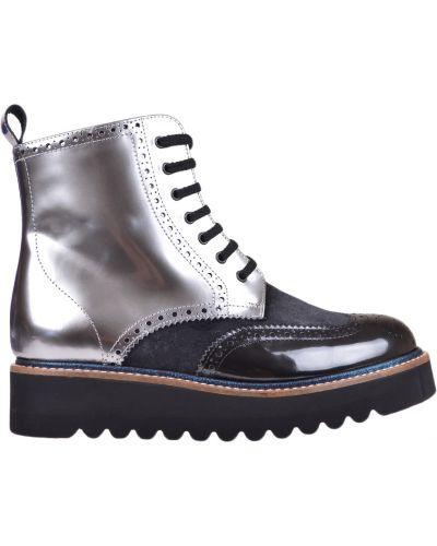 Черные ботинки на каблуке Pertini