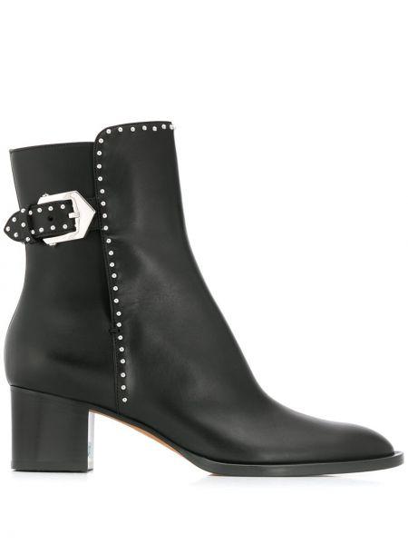 Buty na obcasie na pięcie czarne Givenchy