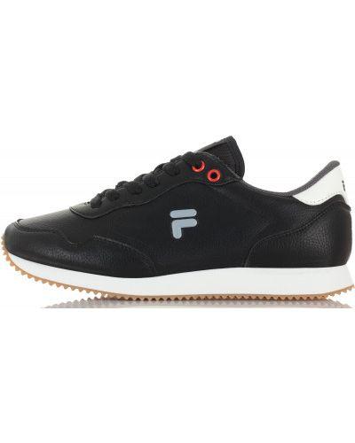 Кроссовки на шнуровке классические Fila