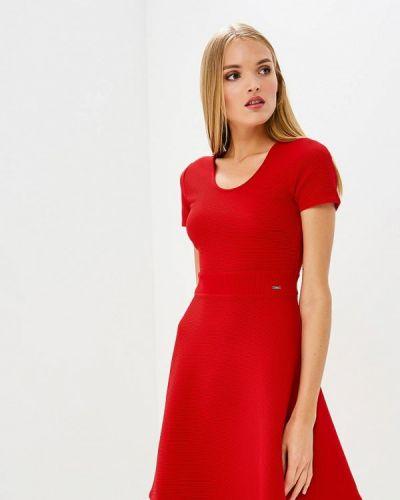 Красное платье Armani Exchange