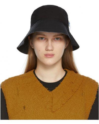 Czarny kapelusz z haftem z nylonu Ader Error