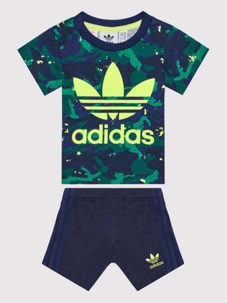 Spodenki sportowe - granatowe Adidas