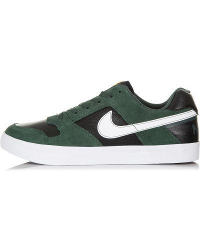 Кеды с перфорацией на шнуровке Nike