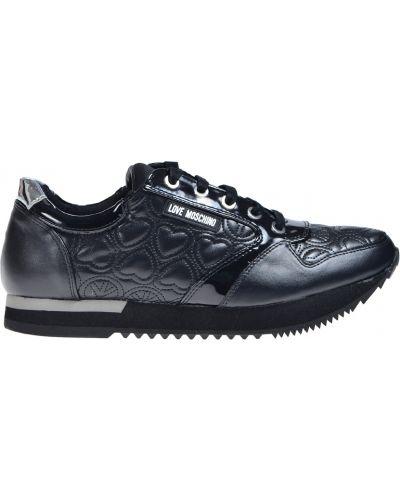 Черные кроссовки Love Moschino