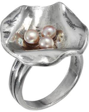 Кольцо с жемчугом из серебра Den'o