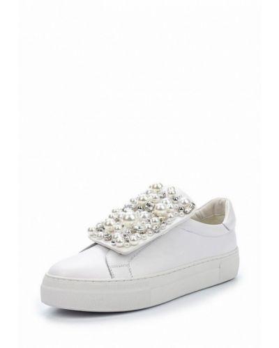 Белые кеды на каблуке Winzor