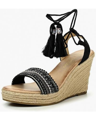 Черные босоножки на каблуке Chicmuse